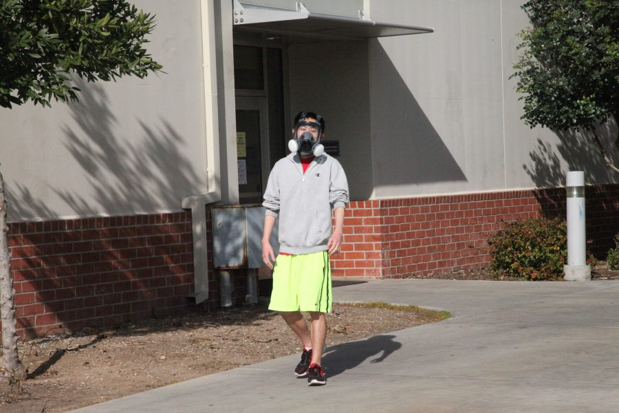 A+student+was+seen+walking+on+campus+with+a+gas+mask+around+their+face+near+building+7.+Photo+Credit%3A+Abraham+Navarro%2FSAC.Media.
