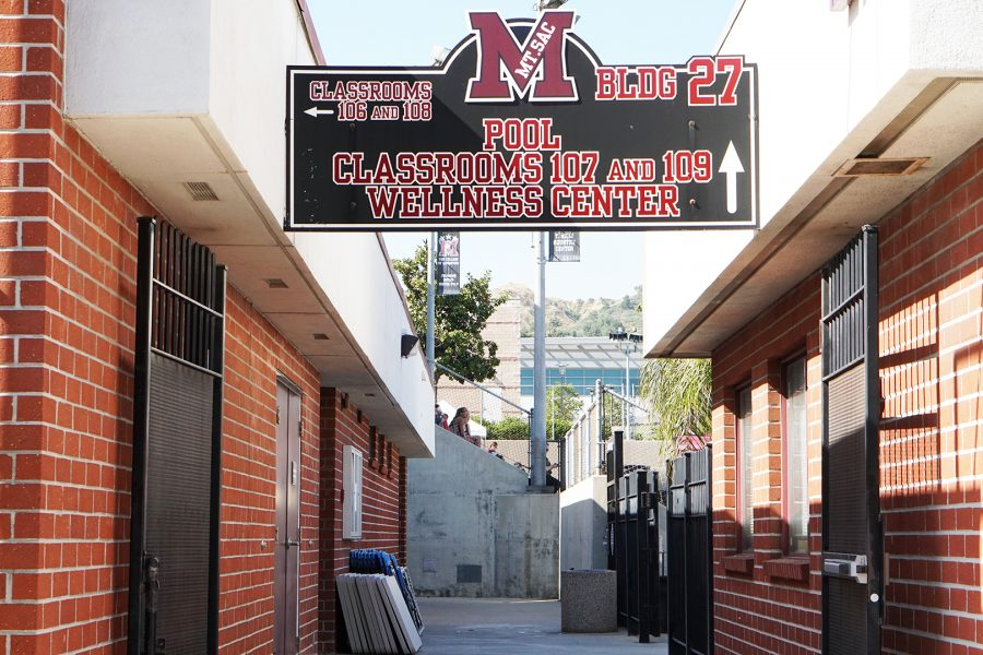 The passage way between the Mt.SAC Wellness Center and the swimming pool. Photo credit: Lauren Berny/SAC.Media.