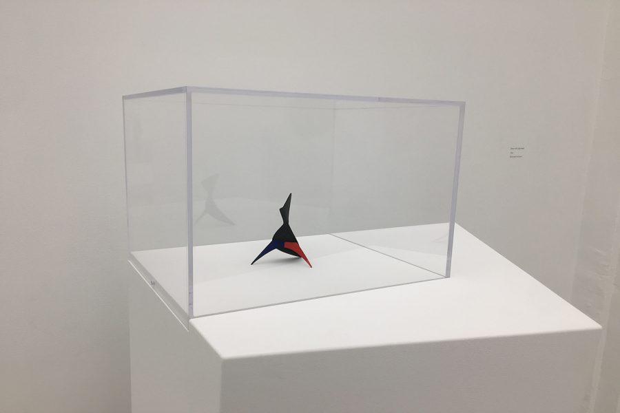 Alexander+Calder%E2%80%99s++%E2%80%9CShoe+with+Split+Heel%E2%80%9D+%281946%29+along+with+his+other+art+work+is+on+display+at+Hauser+%26amp%3B+Wirth+Gallery+in+the+Art%E2%80%99s+District+of+Downtown+LA.+Photo+Credit%3A+Jacquelyn+Moreno%2FSAC.Media