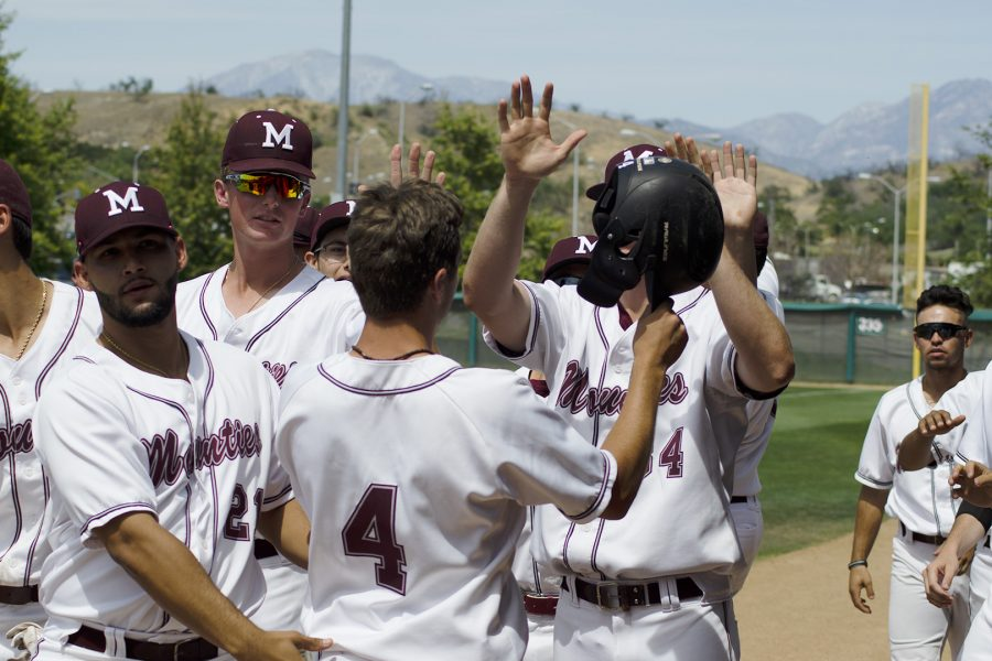 Mt.+SAC+Baseball+celebrates+the+opening+run+of+the+game+at+Mazmanian+Field+against+Santa+Barbara+City+College+on+Friday%2C+May+4.+Photo+Credit%3A+Hernandez+Coke%2FSAC.Media