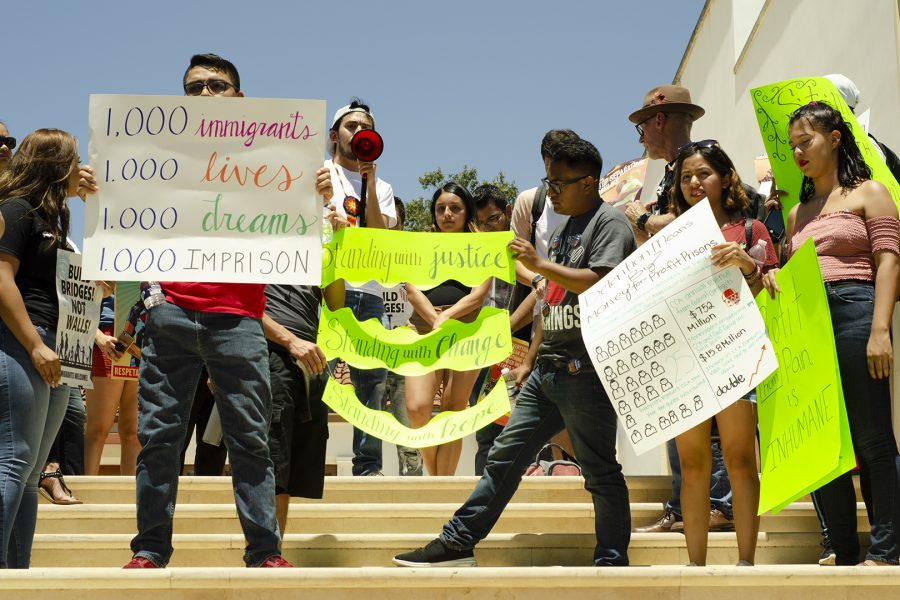 Mt.+SAC+students+and+faculty+show+their+support+for+Dreamer+students+in+a+march+and+rally+to+protest+Immigration+Policy+in+front+of+Founders+Hall+on+Tuesday%2C+June+12.+Photo+Credit%3A+Hernandez+Coke%2FSAC.Media