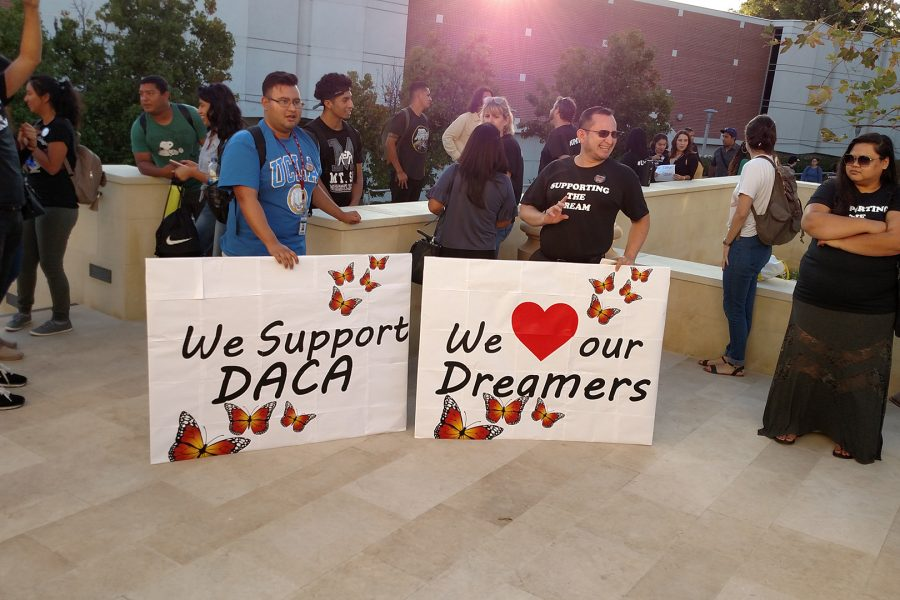 Students and Faculty show support for DACA recipients in front of Founders Hall on Wednesday, Sept. 13. Photo by Cory Jaynes/SAC Media.