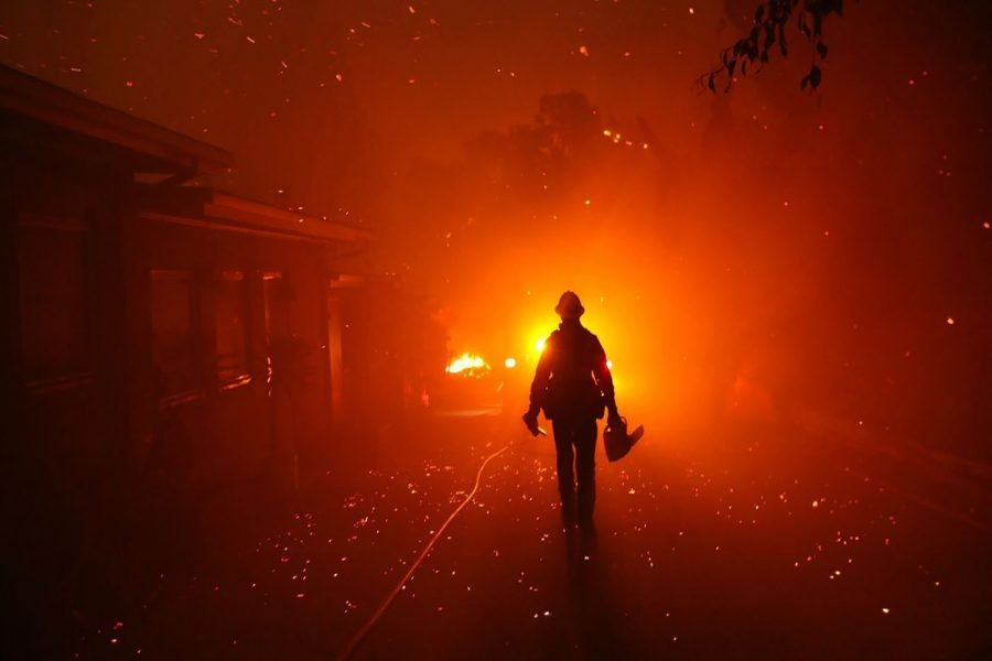 Woolsey fire. Photo Credit: Genaro Molina / Los Angeles Times