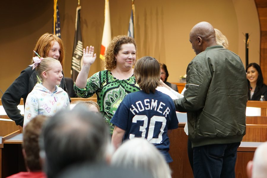 Jessica+Shewmaker+takes+the+oath+of+office+for+a+second+time+on+Feb.+5.+Photo+Credit%3A+Joshua+Sanchez%2FSAC.Media.