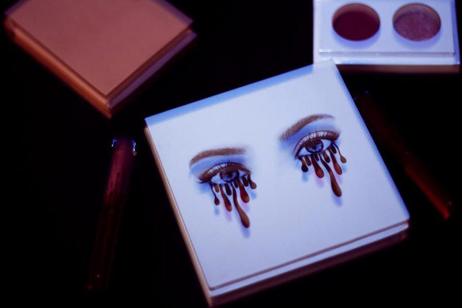 Kardashian+Horror+Story%3A+Kylie+Cosmetics
