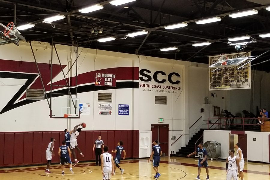 Mounties+Men+Basketball+play+against+the+El+Camino+College+Warriors+in+a+home+game+on+Wednesday%2C+Jan.+20.+Photo+by+John+Athan%2FSAC+Media.