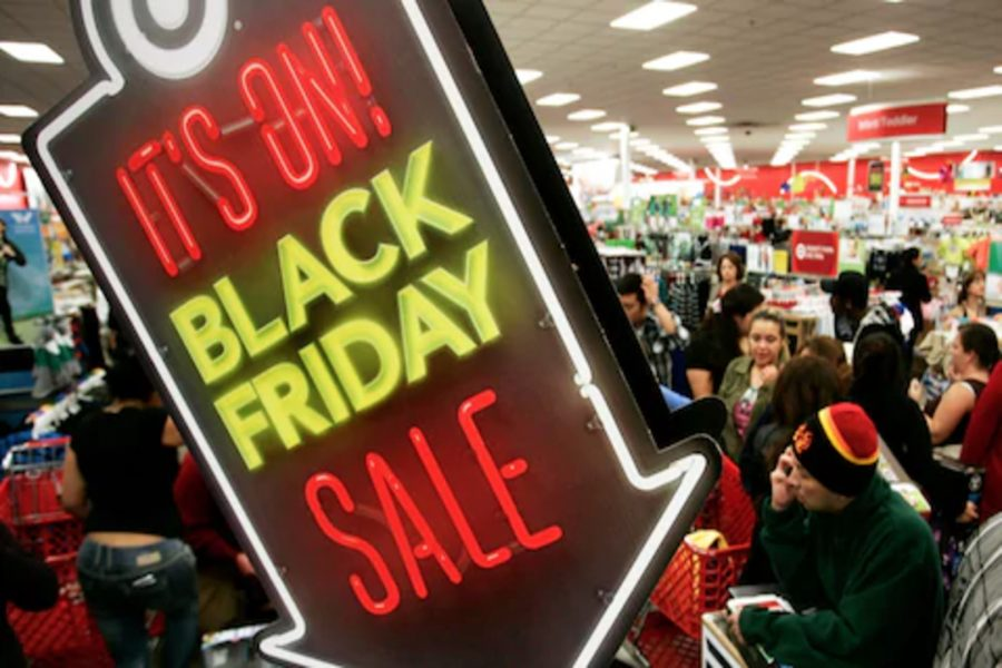 Black Friday shopping. Photo courtesy of Reuters.