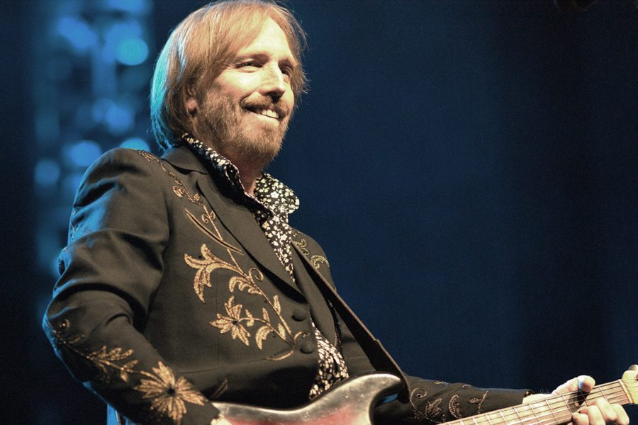 Tom Petty in concert in 2010. Creative Commons.