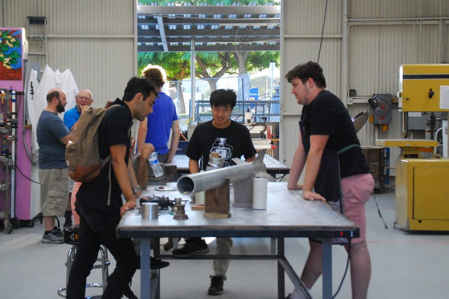 Students+utilize+the+Makerspace+at+its+open+house+on+September+6%2C+2019.+Photo+courtesy+of+Mala+Arthur.