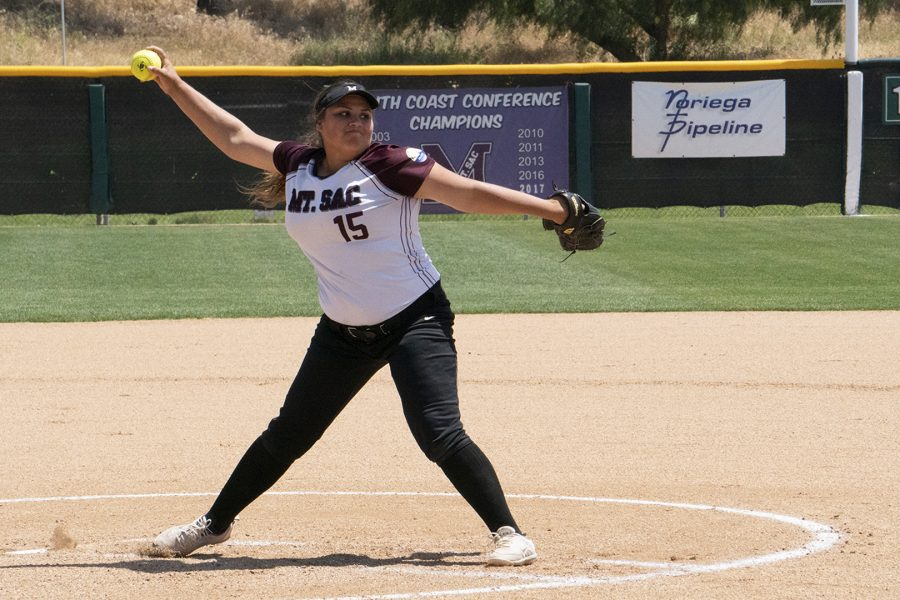 Mt.+SAC+Mountie+player+number+15+pitcher%2C+Briana+Wheeler%2C+played+agains+Curritos+at+the+May+4+game+at+Mazmanian+Field.+Photo+credit%3A+Travis+Jepeway%2F+SAC.Media.+