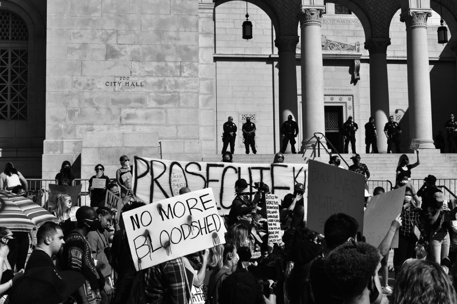 Protesters+outside+the+Hall+of+Justice+in+Los+Angeles+speak+up+against+District+Attorney+Jackie+Lacey.+Photo+credit%3A+Cesar+Gonzalez%2FSac.Media