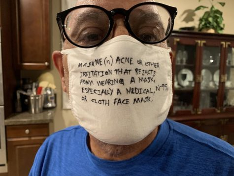 Senior citizen Cesar Sabino, 66, is wearing his mask with a message–maskne is something that is hard to ignore and cannot be missed. Photo by Cesar Gonzalez/SAC.Media.